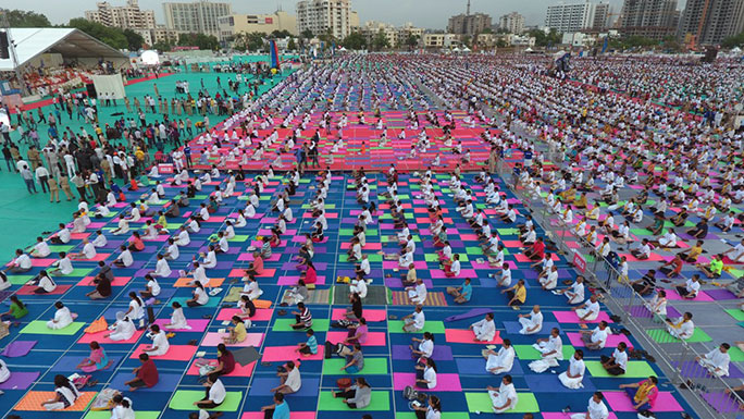 Largest yoga lesson