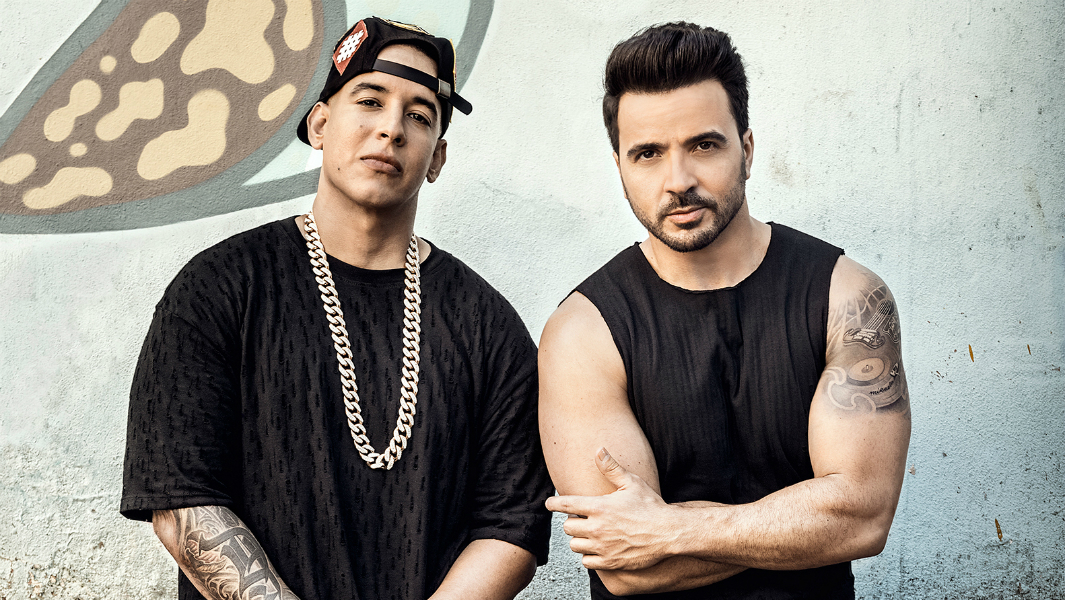"""Despacito"" rompe récord de 5 mil millones de vistas en YouTube"